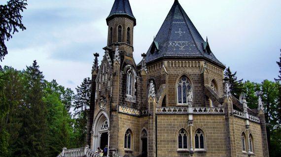 Třeboň-Schwarzenberská-grobnica-fortuna-travel